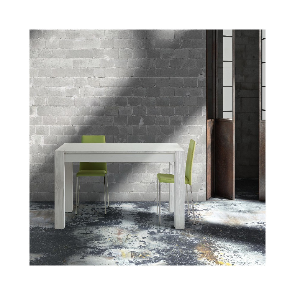 Extendable Syria table, in solid wood,
