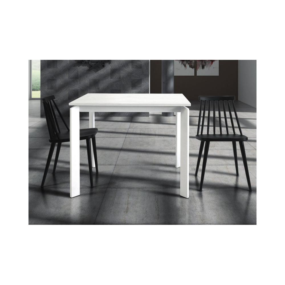 Lipari extendable table, in white ash