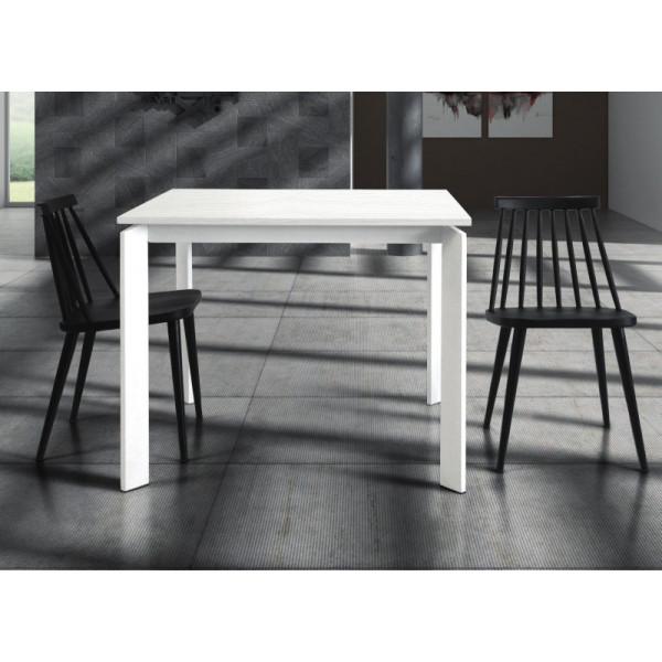 Tavolo Lipari allungabile, in laminato bianco frassinato, struttura e gambe in metallo
