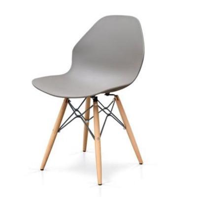 Sedia Chloe con sedile in polipropilene, strutura legno, x 6 pz