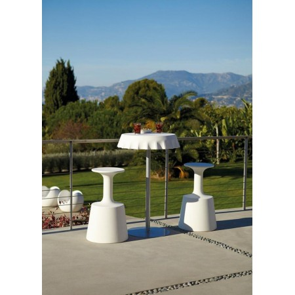 FIZZZ round table (H110) in polyethylene with metal stem, design Gianni Arnaudo