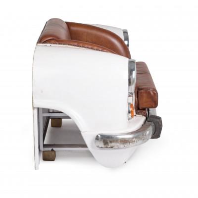 Divano 2 posti Ambassador con seduta in vera pelle di buffalo, colore carrozzeria bianco