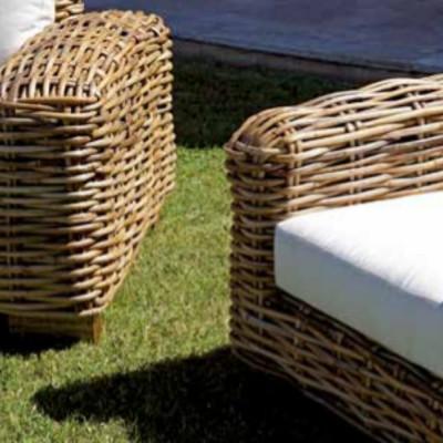 Table basse de salon BANGALORE en rotin géant naturel en bois de manguier