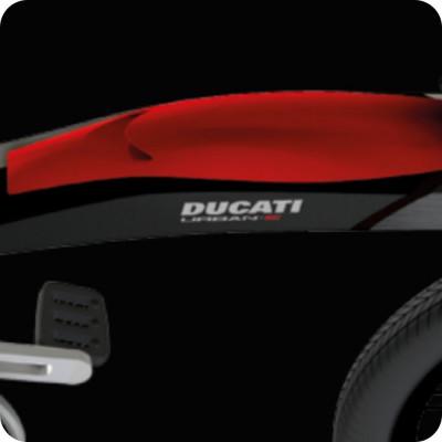 Bicicletta Ducati Urban-E foldable e-bike batteria e luci integrate nel telaio colore nero