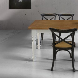 Arno extendable table with solid oak top and white legs