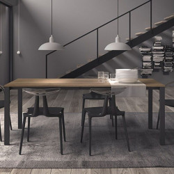 Watson modern extendable table, with metal frame and melamine top